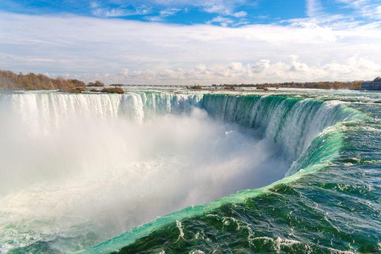 Chutes du Niagara côté Canada